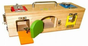 Cách ứng dụng phương pháp montessori trong sinh hoạt hàng ngày của trẻ