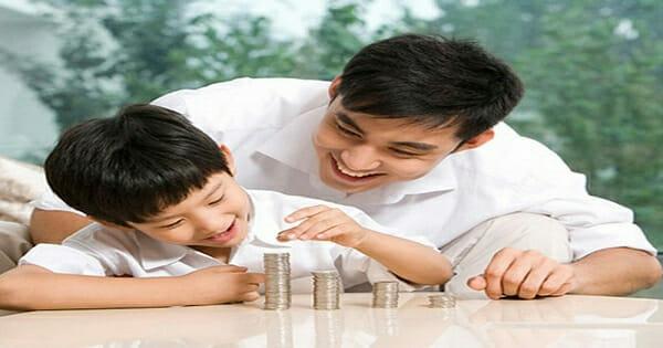 Cách dạy con trai tự quản lí tài chính và tư duy về tiền bạc